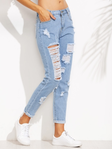 http://fr.romwe.com/Blue-Distressed-Roll-Hem-Jeans-p-184375-cat-813.html?utm_source=fromkat.com&utm_medium=blogger&url_from=fromkat