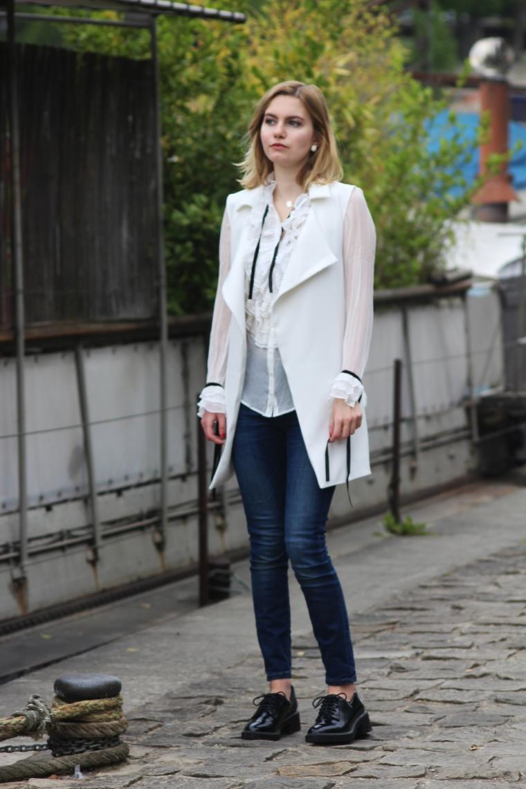 chemise blanche volant 007
