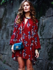 http://fr.shein.com/Wine-Red-Long-Sleeve-Floral-Dress-p-231804-cat-1727.html?utm_source=fromkat.com&utm_medium=blogger&url_from=fromkat