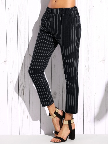 http://fr.romwe.com/Vertical-Striped-Elastic-Waist-Pants-p-233488-cat-681.html?utm_source=fromkat.com&utm_medium=blogger&url_from=fromkat