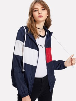 http://fr.shein.com/Cut-And-Sew-Windbreaker-Hooded-Jacket-p-409451-cat-1776.html?utm_source=fromkathweb&utm_medium=blogger&url_from=fromkathweb_fr