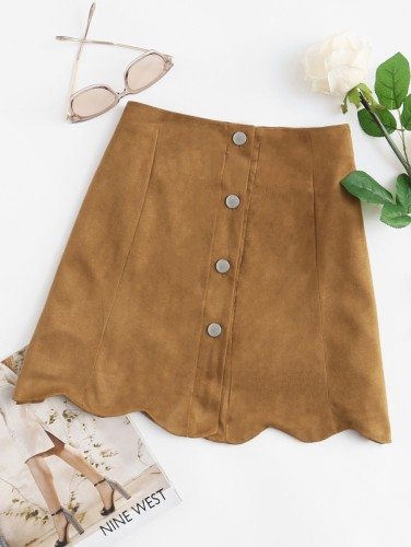 http://fr.shein.com/Scallop-Hem-Single-Breasted-Suede-Skirt-p-420836-cat-1732.html?utm_source=blog&utm_medium=blogger&utm_campaign=fromkathweb_fr&url_from=fromkathweb_fr