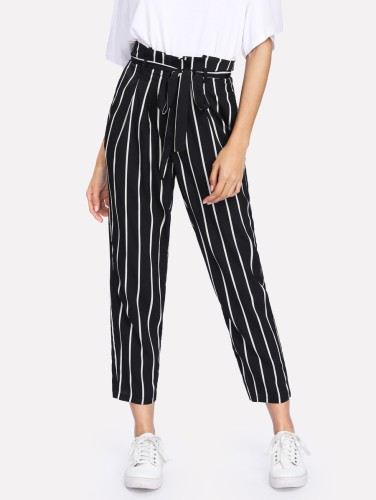 http://fr.shein.com/Self-Belt-Striped-Pants-p-411761-cat-1740.html?utm_source=blog&utm_medium=blogger&utm_campaign=fromkathweb_fr&url_from=fromkathweb_fr