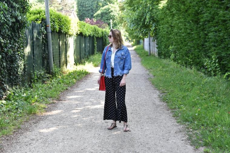pantalon noir poid blanc 001