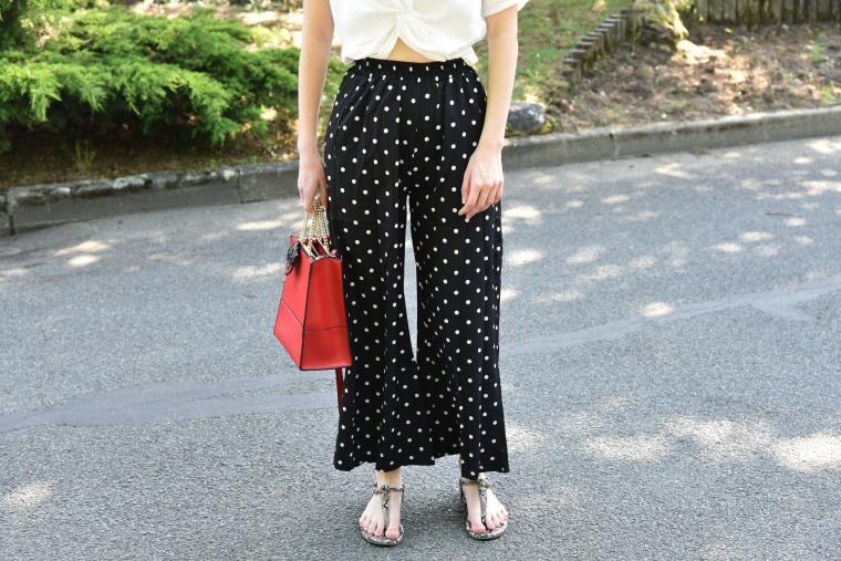 pantalon noir poid blanc 004